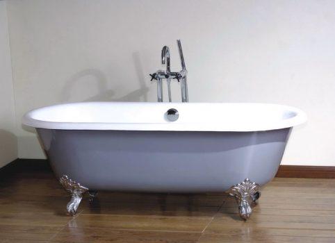 תיקון חור חלודה באמבטיה