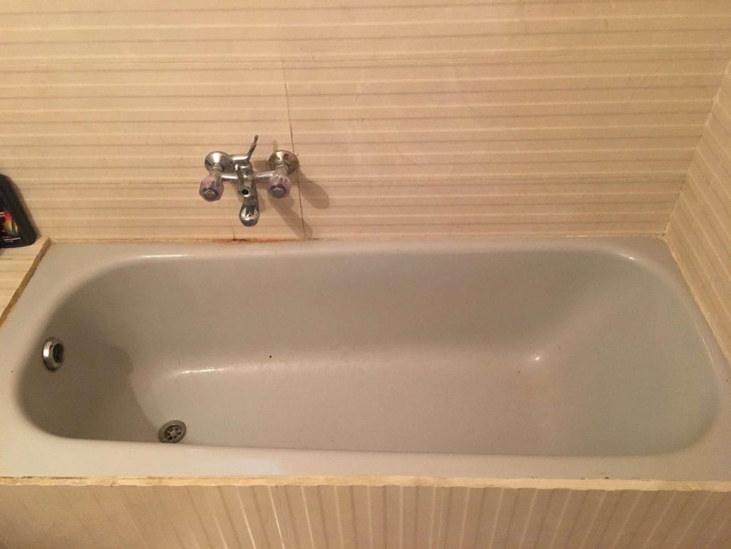 אמבטיה חלודה לפני ציפוי